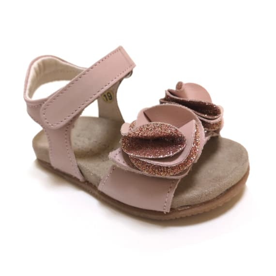Sandalo da bambina rosa nude